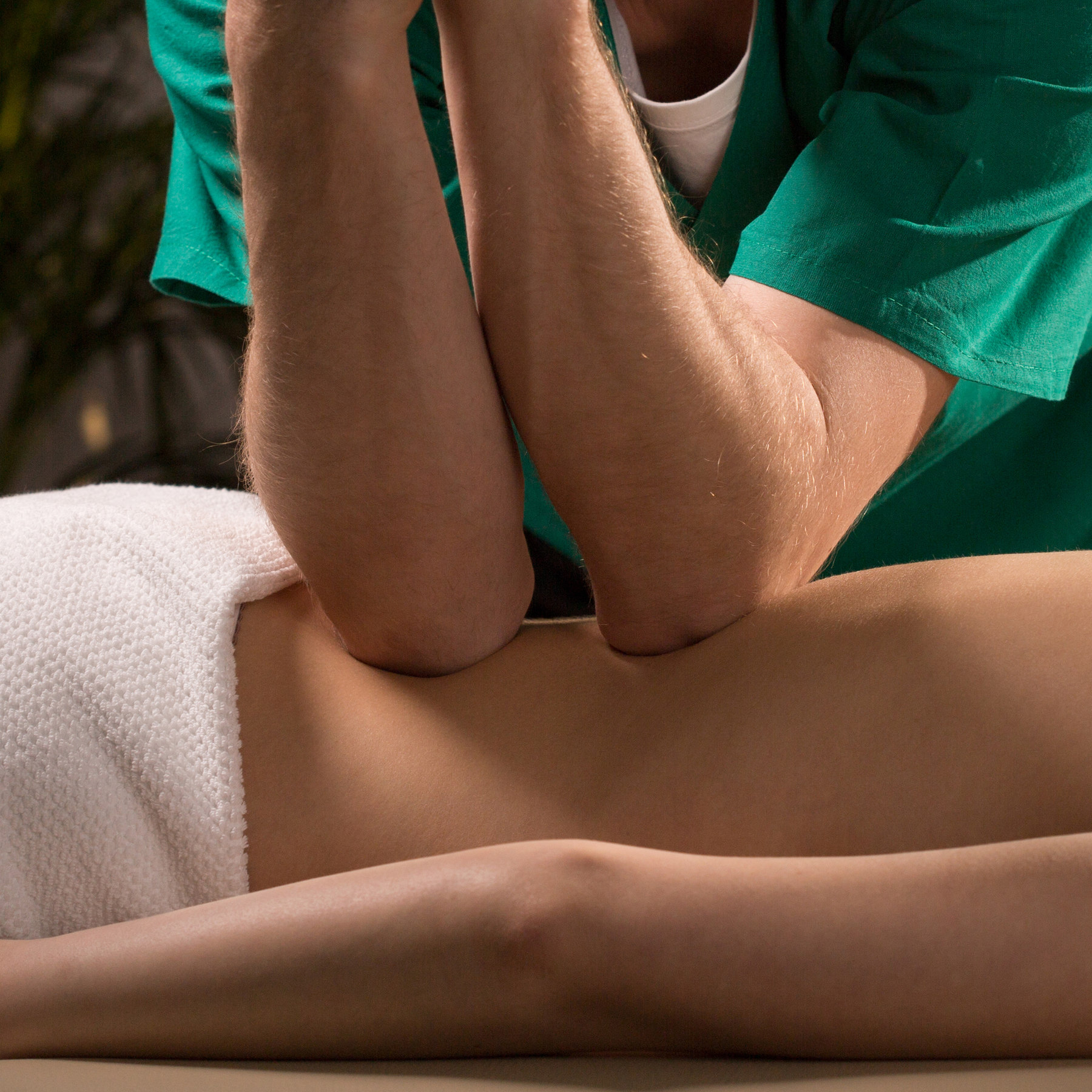 deep tissue massage elbows